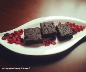Csupa csokis mindenmentes brownie