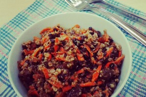 Deliciouslyella sárgarépa – lencse – mazsola salátája