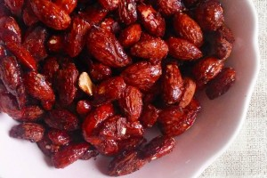 Ropogós fűszeres mandula