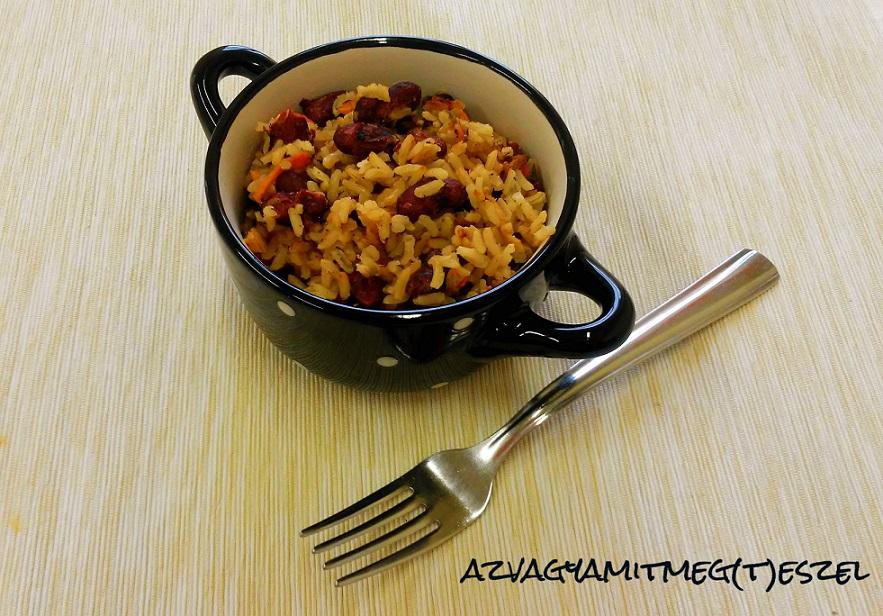 Barna rizs vörös babbal és zöldségekkel