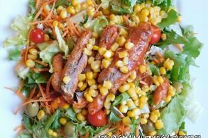 Saláta makrélával